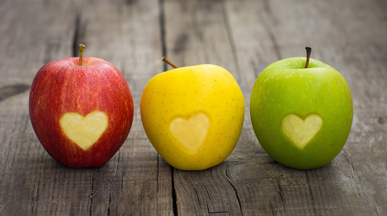 apples_three_3_boards_503922.jpg